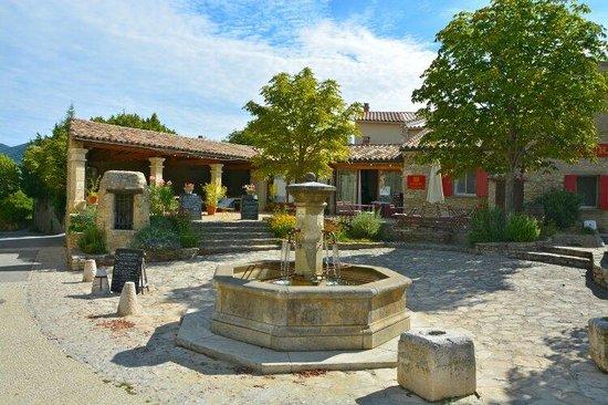 Restaurant le Laurier : La terrasse