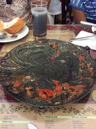 Sofra Restaurant: same dish 'aka tava, now empty mmmmm.