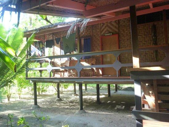 Lissenung Island Resort : Exterior of my room
