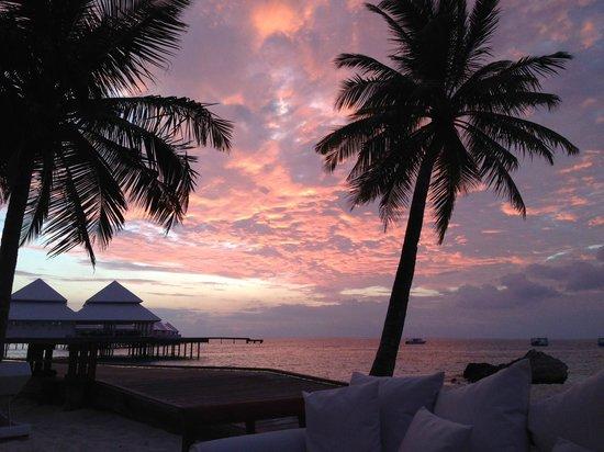 Diamonds Thudufushi: tramonto