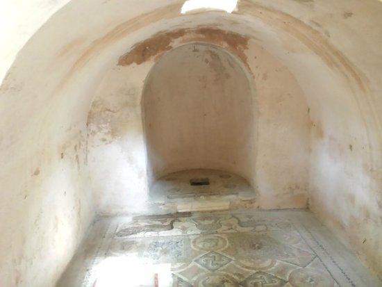 Carthaginian Ruins: Первые христианские захоронения