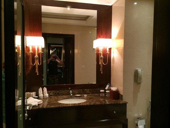 Millennium Hotel Doha: bagno