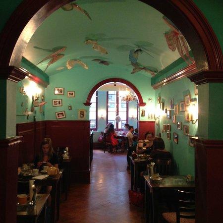 Alice's Tea Cup: Fancy Interior