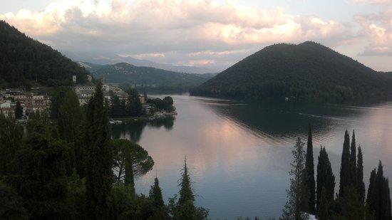 Hotel Del Lago : la vista dalla camera