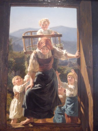 Leopold Museum: Mother returning home with her children