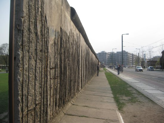 Memorial of the Berlin Wall : The Wall