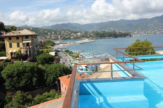 BEST WESTERN Hotel Regina Elena : rooftop pool