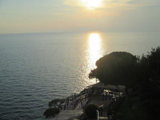 Hotel Delfino: Terrasse mit Blick aufs Meer!