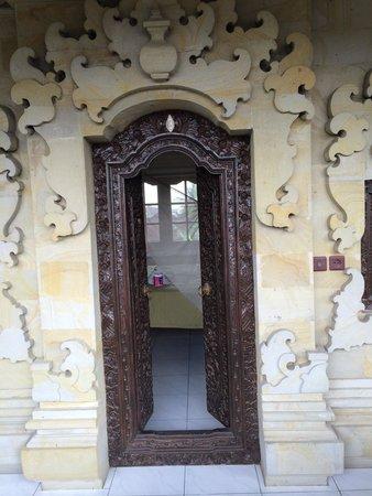 Pondok Bulan Mas: Entrance to room with balcony