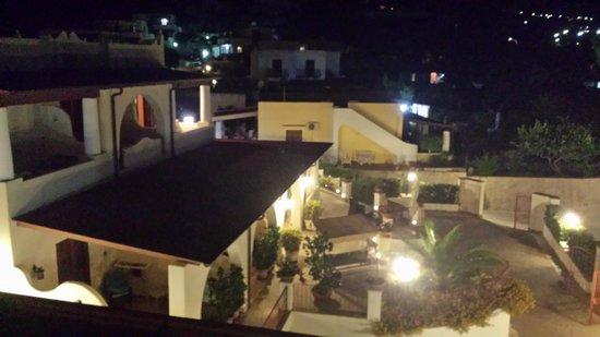 Borgo Eolie Hotel: vista camera
