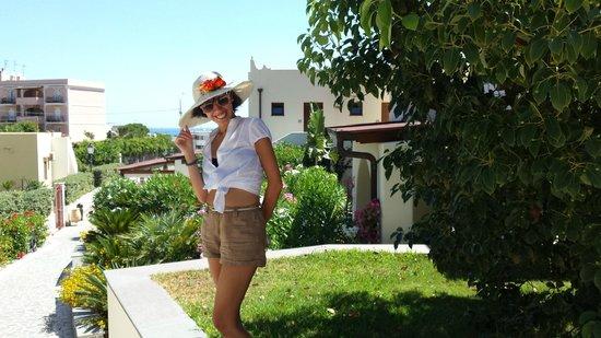 Borgo Eolie Hotel: giardino