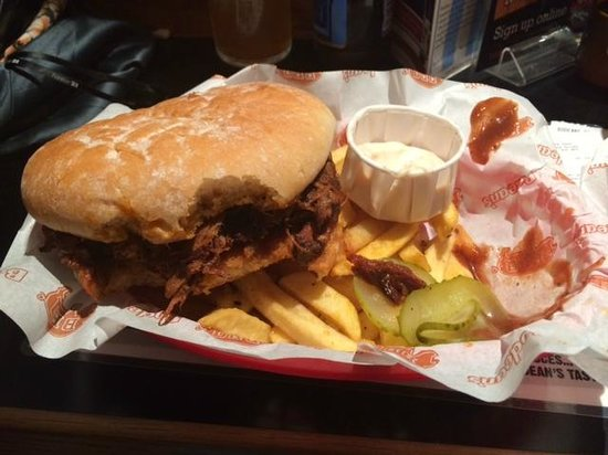 Bodean's BBQ - Soho: Pulled Pork burger with Burnt ends