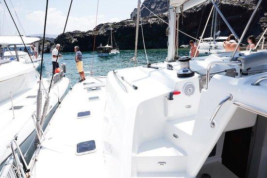 Spiridakos Sailing Cruises: Boat