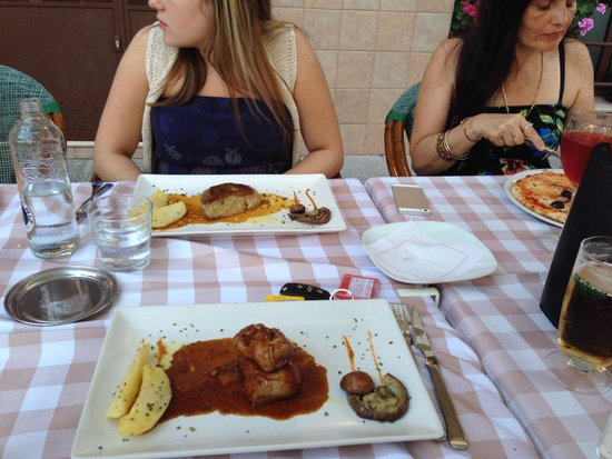 Pulcinella: steak
