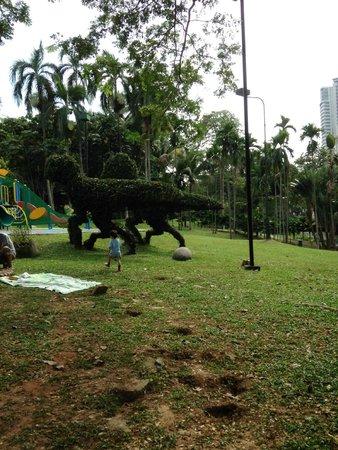 Les jardins du lac : Around the park