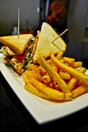 Parisii Bistrot: our famous Club Sandwich