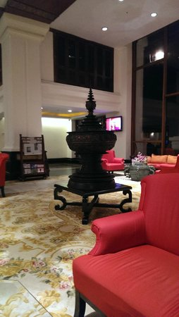 The Kandawgyi Palace Hotel : Lobby