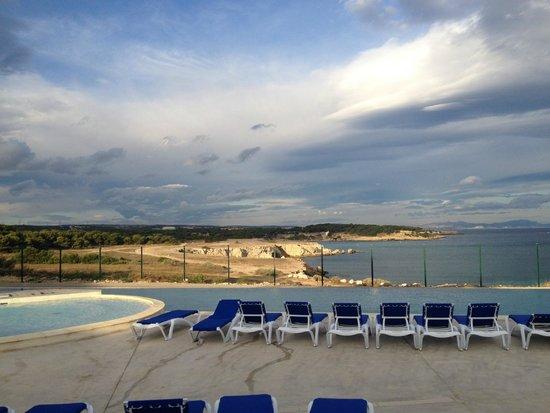 piscine foto di camping l 39 arquet c te bleue martigues