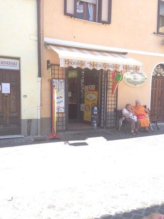 Enoteca e Gelateria Santa Cristina: Ingresso della gelateria