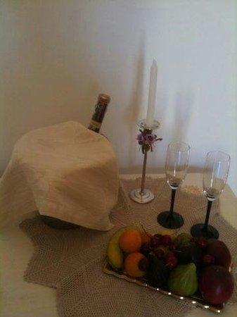 Torre Mammalia bed&breakfast: Prosecco!!!