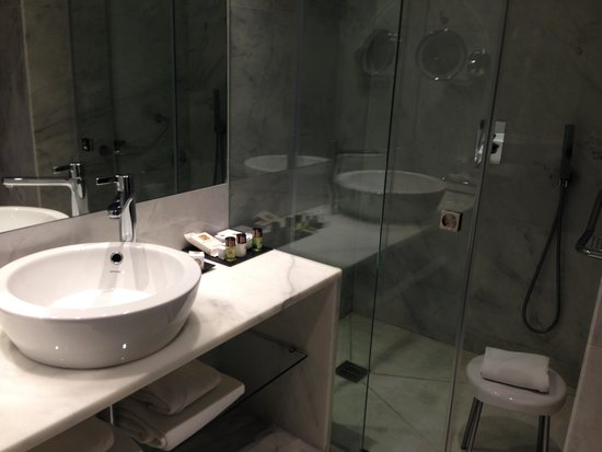 Hotel Santa Justa: Douche