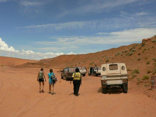 Overland Canyon Tours : notre guide et les 4x4