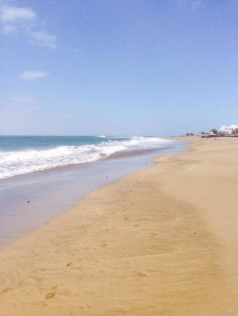 Apartamentos THe Morromar: The beach