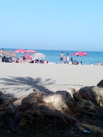 Marina Sur Hotel: Playa de arena fina, muy limpia