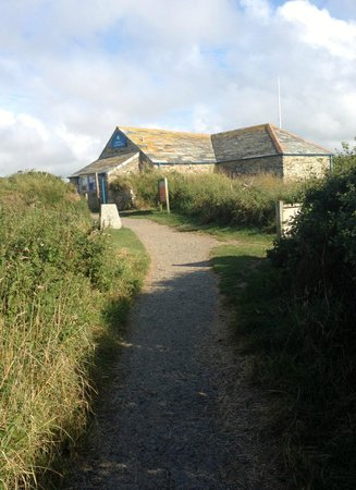 Carnewas and Bedruthan Steps: NT Building near the PL