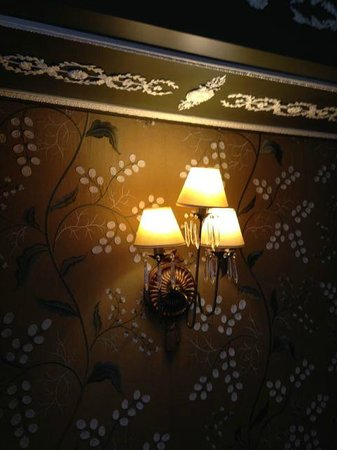 Hotel des Grands Hommes: NiIcely decorated rooms