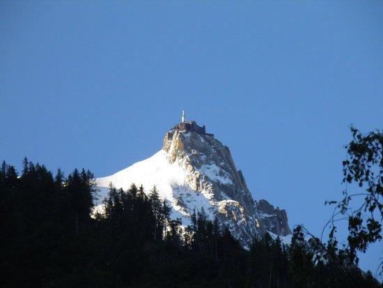 Le Refuge des Aiglons: Aiguille Du Midi from room