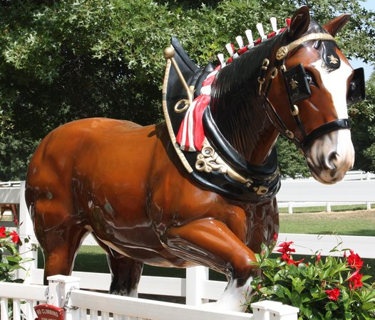 Grant's Farm : Clydesdale Statue