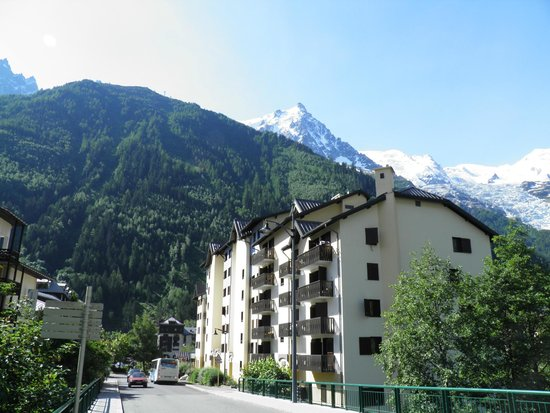Hotel Les Aiglons Resort & Spa: Hotel & Mont Blanc area