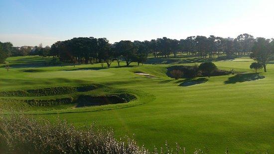 Mer et Golf Loisirs : Вид из номера на гольф поля