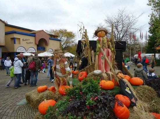 Bobbejaanland Halloween.Halloween Scenery Picture Of Bobbejaanland Lichtaart