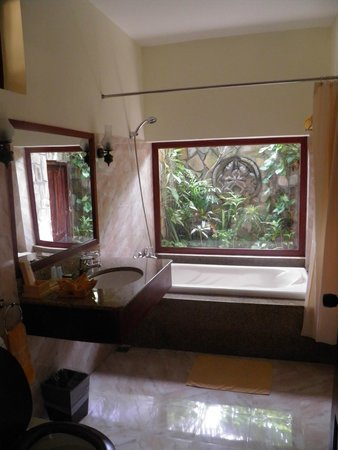 Cham Villas : Bathroom