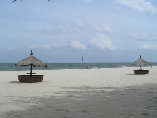 Cham Villas : Private Beach