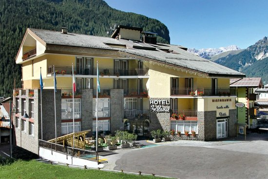 Hotel Bellevue Canazei Dolomiti Trentino Italy