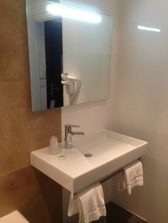 Hotel San Carlu Citadelle: Salle de bain