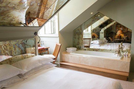 Portobello Hotel: Better Room