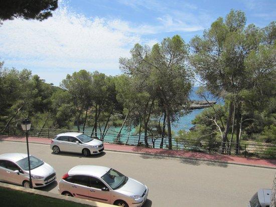 IBEROSTAR Club Cala Barca: vue mer de notre suite pas top avec la route .batiment 34 nous avons changés pour le batiment 5