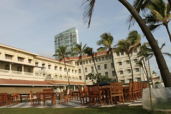 Galle Face Hotel Colombo: from garden restaurant