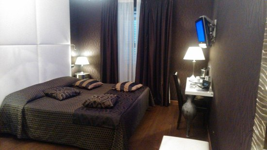 Hotel Andreotti : Номер на 5 этаже!