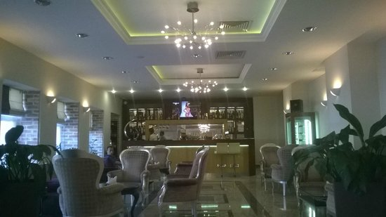 Corinthia Hotel St. Petersburg: в холле отеля