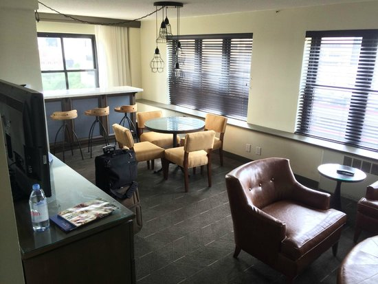The Commons Hotel: Lots of room to spread out