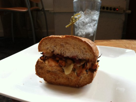 Tamp & Tap: Chicken, grilled veggies, and brie with awesome sauce!