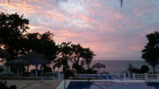 Paradisus Rio de Oro Resort & Spa: Royal Service Sunset