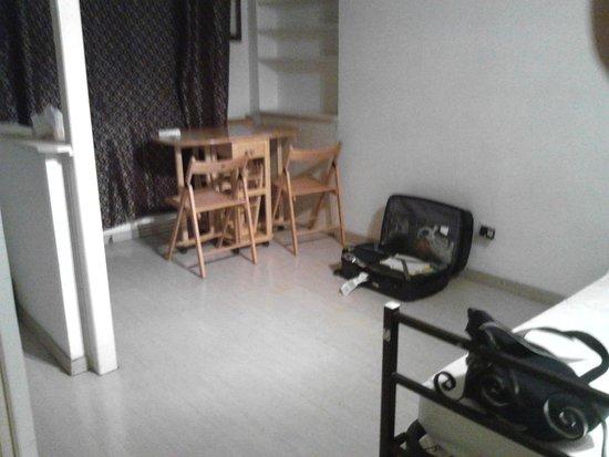 Hostel Beauty: cocina/comedor