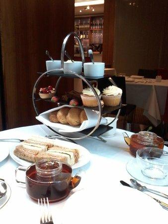 Number Twelve : Afternoon Tea