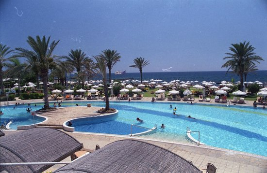 Constantinou Bros Athena Beach Hotel: View from hotel terrace